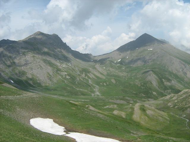 panoramica dalla cima verso il Colle dell'Albergian