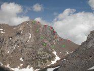 in rosso la cresta, in verde la traccia escursionistica
