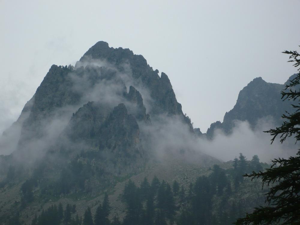 nebbie sui Cayre