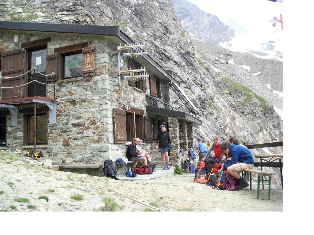 Vita al Rifugio Aosta
