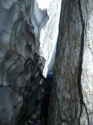 Attacco tra roccia e neve