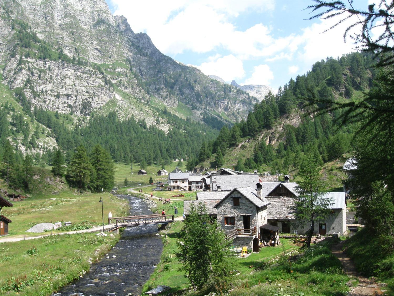 il bel villaggio di Crampiolo