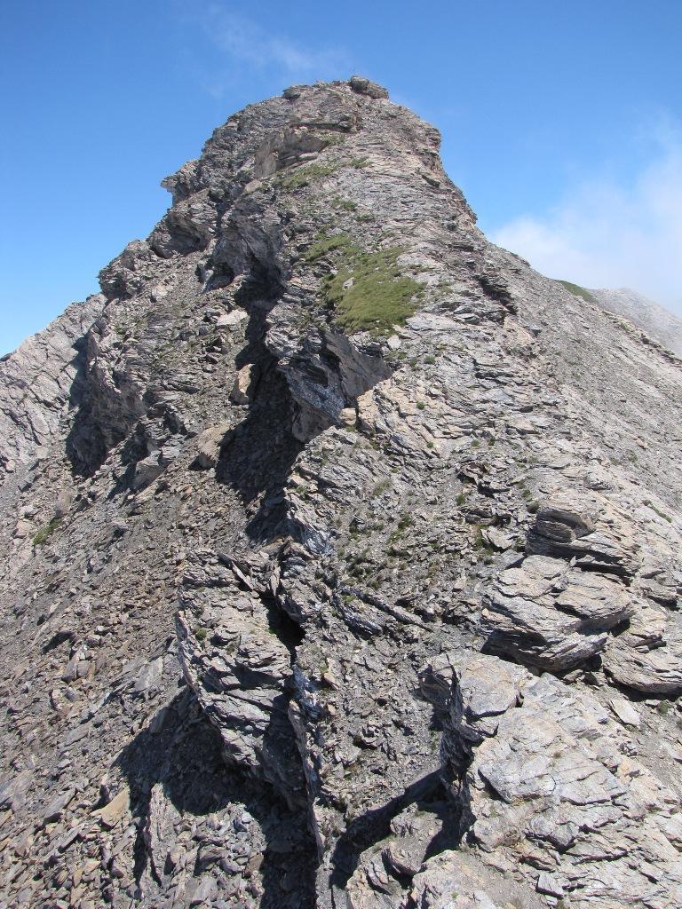 La cresta finale con la cima