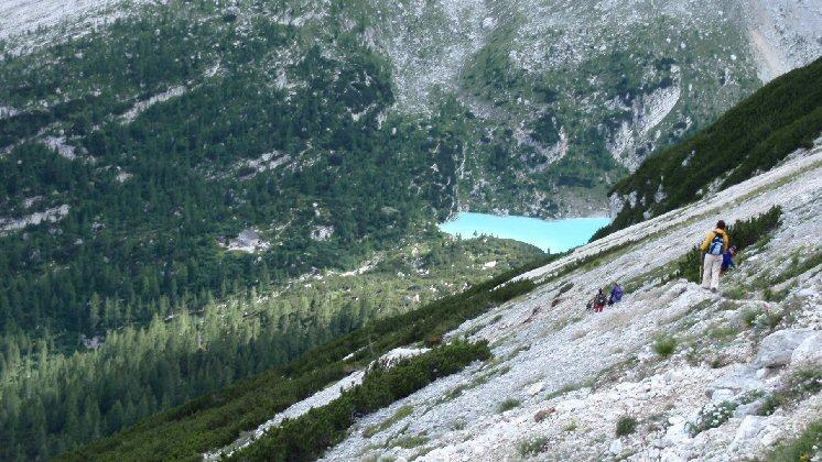 Lago Sorapiss scendendo dalla Forcella Fadin
