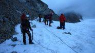 preparativi all'inizio del ghiacciaio (25-7-2010)