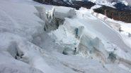 un tratto molto crepacciato del ghiacciaio (25-7-2010)