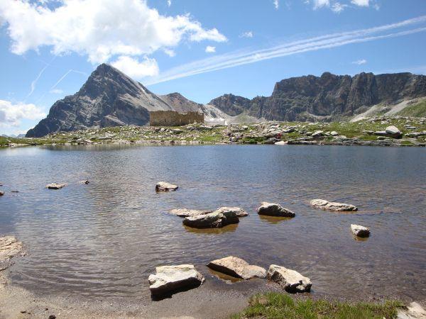 Lago Camoscere e Monte Chersogno