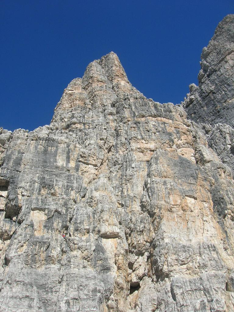 La parete est della Torre d' Ambiez