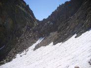 Il nevaio oltre al Passo Laris