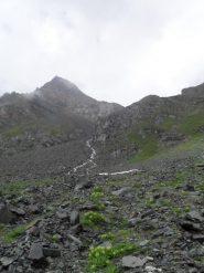 il canale di salita al piede del ghiacciaio Aouille'
