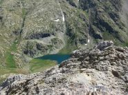 il Rifugio e il lago dall'Aiguilles de Tortisse