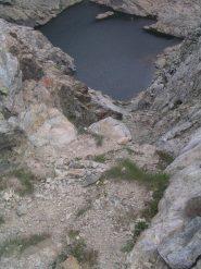 il canalino di salita dal lago Mercurin