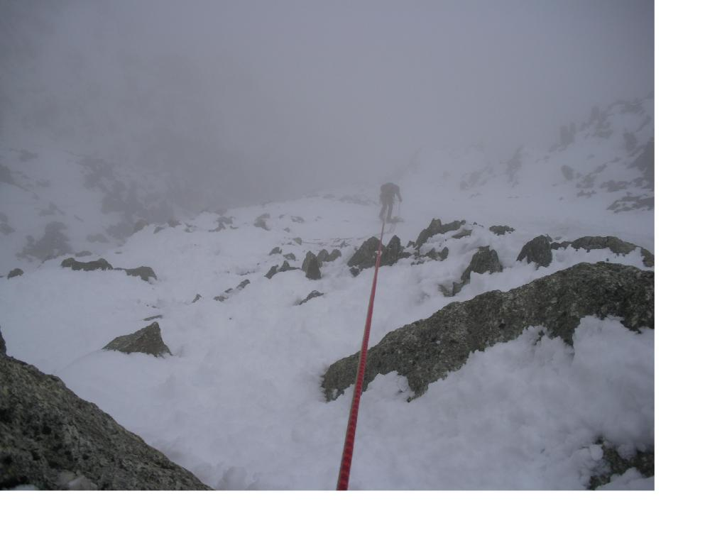 In corda doppia nella nebbia e' piu' difficile...