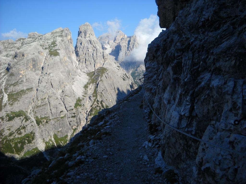 Inizio via Ferrata, sullo sfondo Cima Una