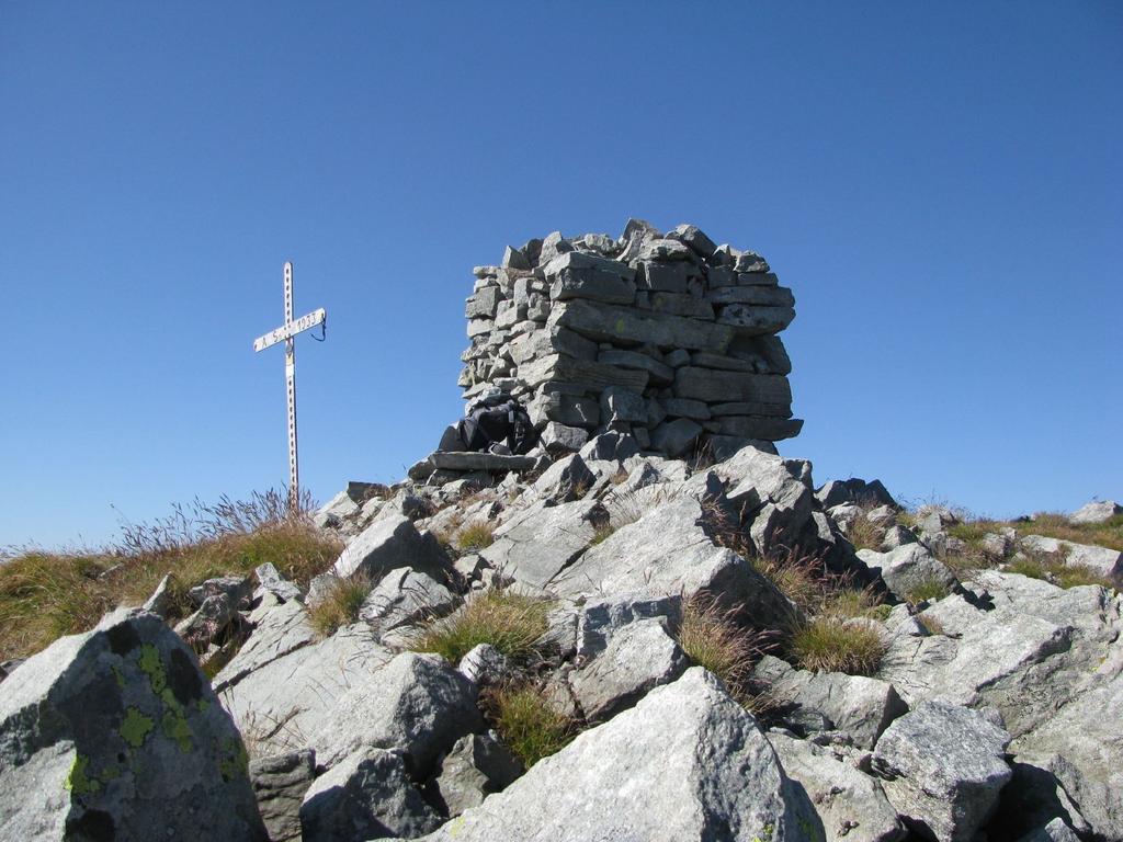 Marzo (Monte)da Fondo per il Colle di Monte Marzo 2010-08-21