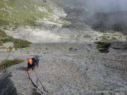 roccia da favola sull'abisso
