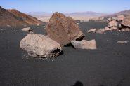 ma che paesaggi lunari al Campo Alto del Parinacota ! (24-8-2010)