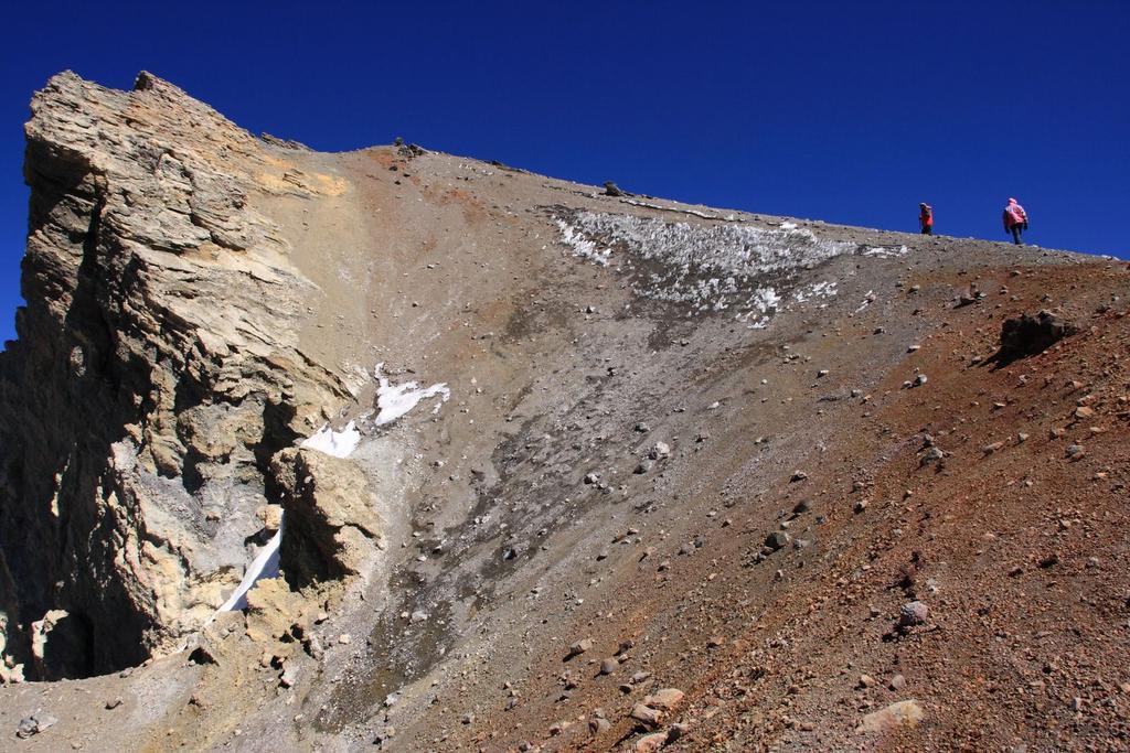 salendo verso la cima..01 (24-8-2010)