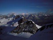 Dalla cima del Castore, guardando verso Cervino, Breithorn, Roccia Nera e Polluce (in primo piano)