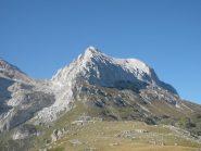 la cresta nord est ben visibile davanti