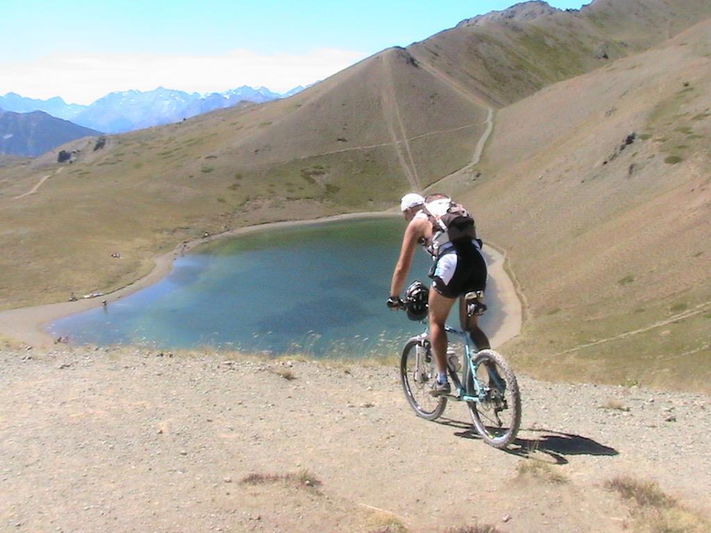 In discesa verso il lago...