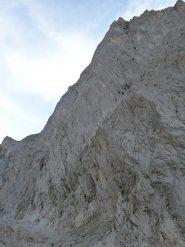 la parete del Wellhorn dal dosso morenico del sentiero di accesso.