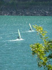 Lago di Ceresole : surfisti scatenati