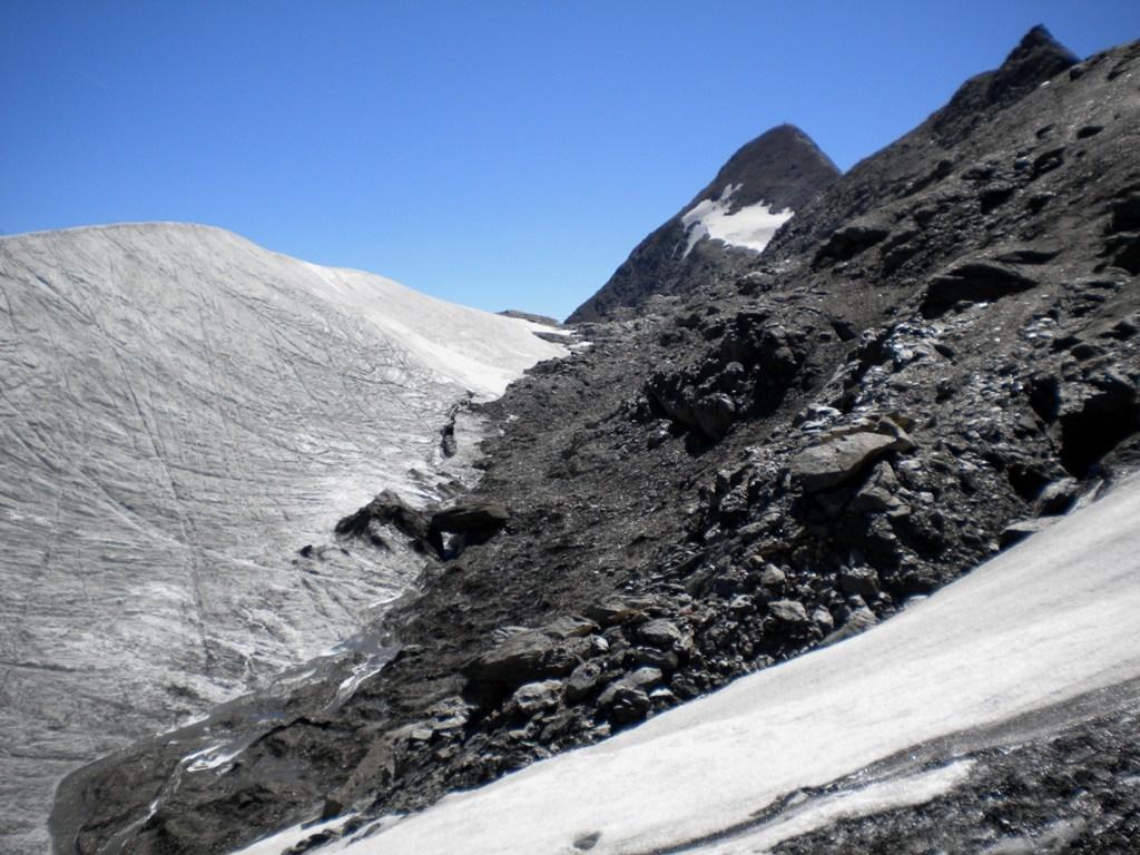 il rocciamelone col sito del lago effimero