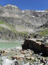 panorama sull'ambiente che circonda il lago s. Grato