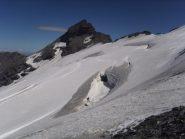 13 - enorme crepaccio nella parte alta del ghiacciaio della Sassiere (Sarà largo 30 metri)