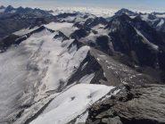 10 - dalla cima la cresta di confine fino alle Levanne ed il mare di nuvole sulla pianura italiana