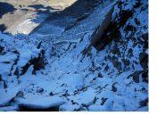 Il ramo sx del canale a y sulla Parete sud ovest del Pizzo Tre Signori dal colletto sulla cresta sud-est