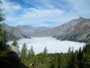 verso il nivolet con la nebbia sotto