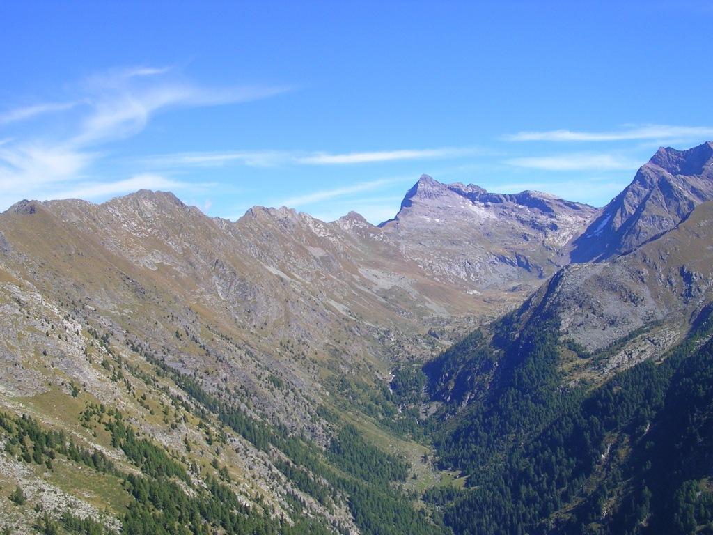 L'amena e selvaggia Val di Togno