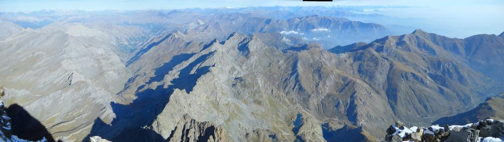 Panorama verso nord dalla vetta