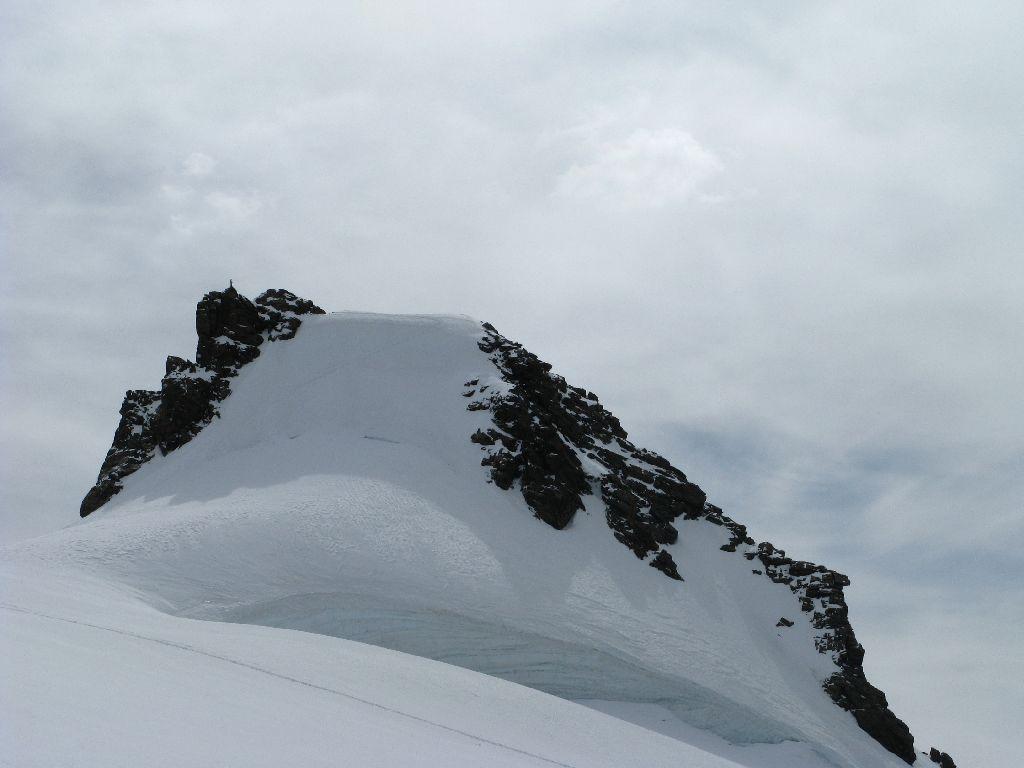 Corno Nero dal ghiacciaio del Lys