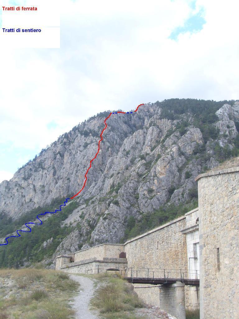 08 - percorso della ferrata visto dal forte de la Salette