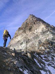 Abbordando la cresta del Capucin