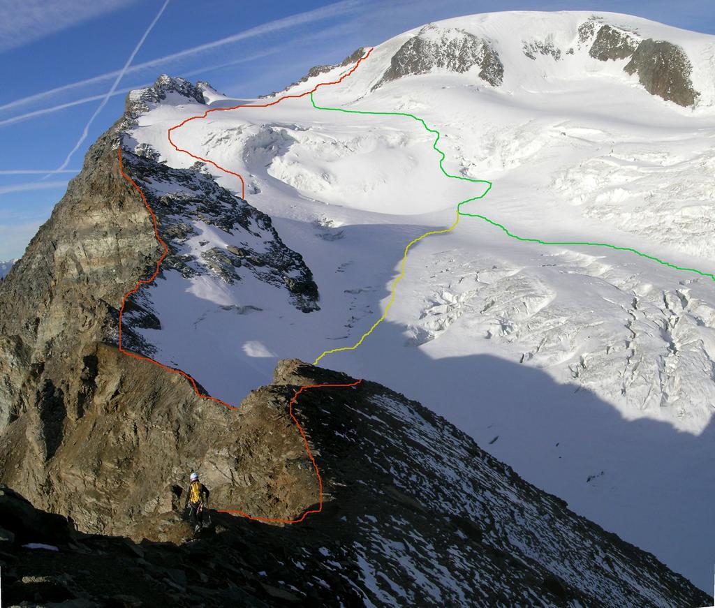 Scendendo al col Chamois. Rosso itinerario di salita, verde normale svizzera, giallo discesa al Col Chamois