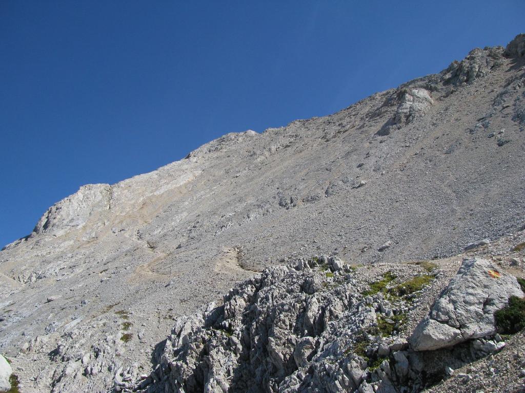 Corno Grande - Vetta Occidentale da Pietracamela per la via normale della Val Maone 2010-09-15
