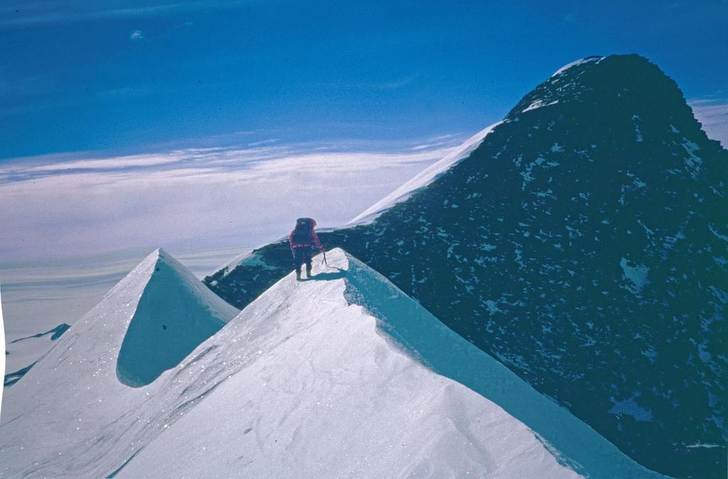 Antartide Cima Chiavari 79°S 52' - 82°W 41' Cresta E 2010-09-17