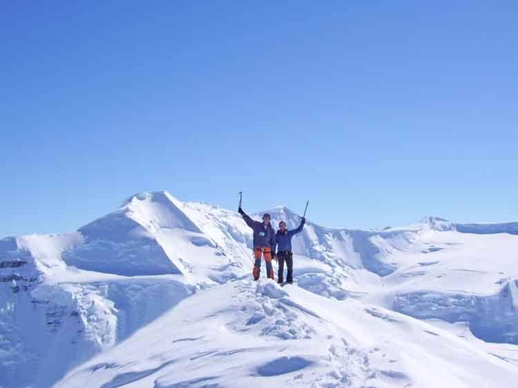 Groenlandia Cima N 68.52.762, W 029.35.043 cresta W 2007-05-21