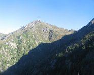 Il monte Barone, salendo al rifugio Barone (sentiero G8)