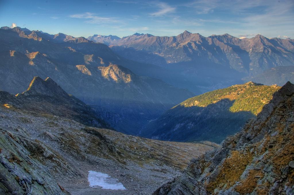 Vista sui monti della Val Chiavenna