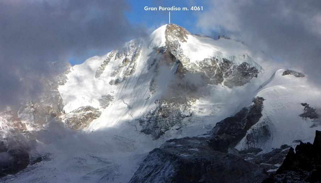 panorami dalla cima...Gran Paradiso ! (26-9-2010)