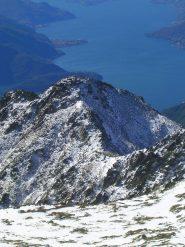 Il Monte Corveggia visto dall'anticima del Sasso Canale