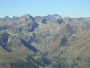 Zoom sulla Rocca dell'Abisso dalla Cima della Fascia