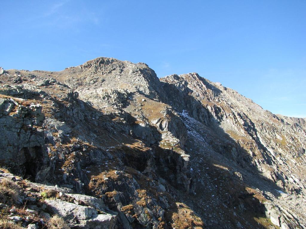 M. Giavino e Punta della Mionda, versante N-E
