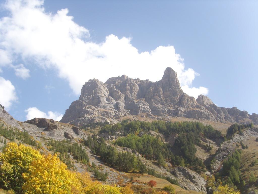 01 - Partenza da Le Pont de l'Alpe, vista sull'Aguillette du Lauzet