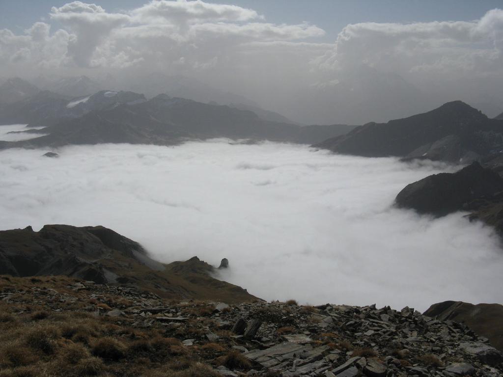 Vallone del Breuil sotta alla coltre di nubi